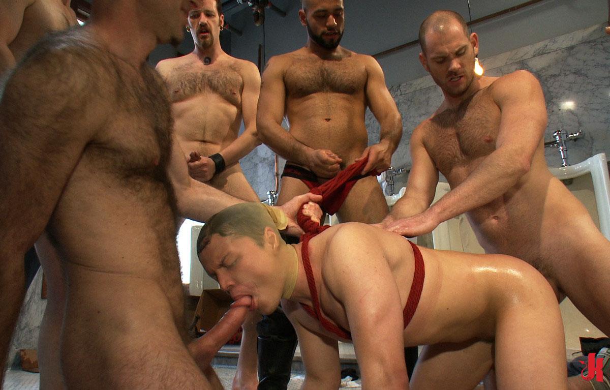 Gay Gangbang Porno