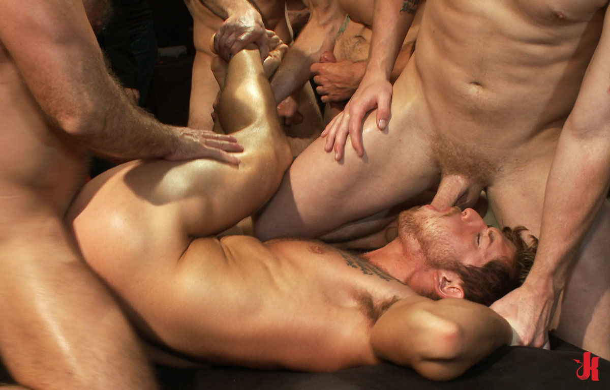 gay-group videos - XVIDEOSCOM